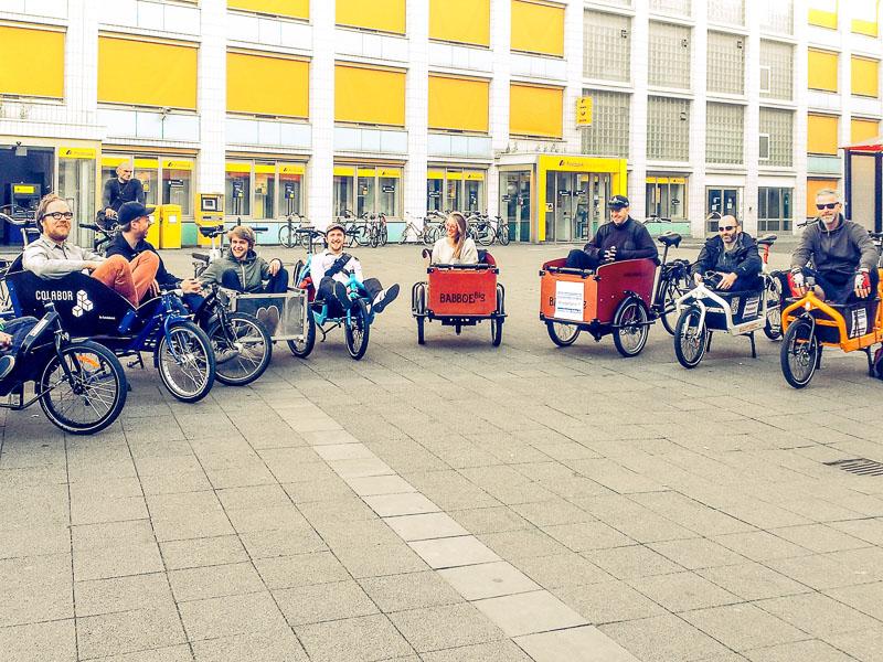 Für gelegentliche Transporte können Lastenräder z.T. kostenlos ausgeliehen werden, eine Übersicht befindet sich z.B. auf www.kasimir-lastenrad.de und www.velogistics.net