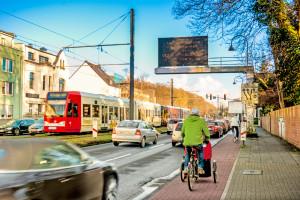 Berufsverkehr auf der Aachener Straße, Köln-Müngersdorf, Foto: Daniel Ullrich 3,7 MB